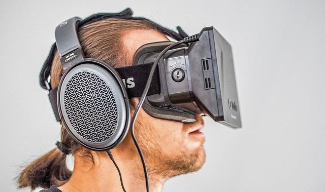 Oculus Rift - réalité augmentée en contenu télévisuel et numérique convergent